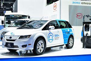 Trung Quốc đứng đầu về xuất khẩu pin xe điện