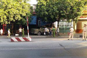 Truy bắt nghi phạm lái ô tô chèn chết nạn nhân sau vụ xô xát ở TP Uông Bí