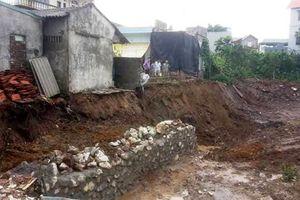 Tại xã Phù Đổng, huyện Gia Lâm: Người dân thấp thỏm lo nhà sập