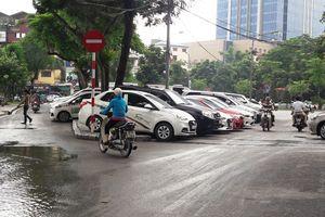 Tháng 8, hạn cuối cho bãi xe không phép trên phố Phạm Huy Thông