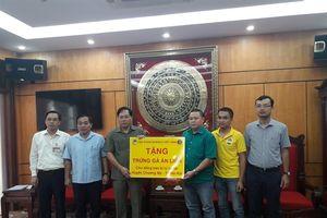Dabaco Việt Nam tặng 22.000 quả trứng gà ăn liền Devi cho 3 xã vùng lũ Chương Mỹ