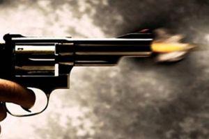 Bắt nghi phạm vác súng bắn chết người khi lẩn trốn gần cửa khẩu