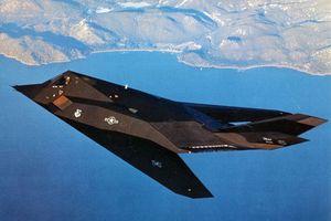 F-117 Nighthawk: Chiến đấu cơ tàng hình đầu tiên trên thế giới