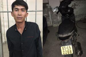 Du khách Trung Quốc thán phục tài bắt cướp của công an TP HCM
