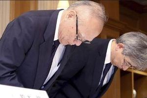 Bê bối sửa điểm thi đầu vào của thí sinh ở Đại học Tokyo: Lãnh đạo trường cúi đầu xin lỗi