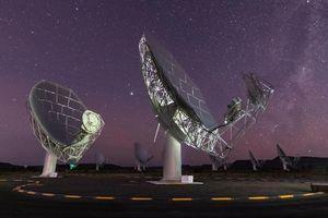 Chiêm ngưỡng kính viễn vọng tân tiến nhất thế giới ở Nam Phi