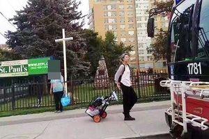 Con gái rơi của Thành Long phải nhặt rác kiếm sống ở Canada