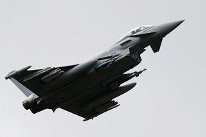 Chiến cơ Tây Ban Nha phóng tên lửa trên trời Estonia