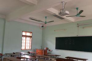 Thí sinh kể chuyện, nghi giám thị 'làm xiếc' trong phòng thi ở Sơn La