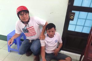 Hiệp sĩ truy đuổi, bắt 'nóng' kẻ trộm đem xe máy đưa sang Campuchia