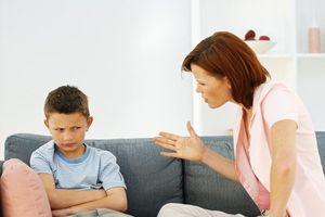 Mách mẹ giải pháp uốn nắn 7 biểu hiện tiêu cực của trẻ