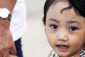 Thủ tục nhận con nuôi thế nào?