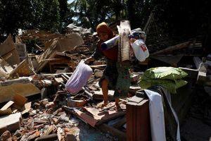 Indonesia: Số người chết do động đất trên đảo Lombok tăng lên 100, hàng ngàn người chờ viện trợ