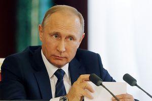 Nga đáp trả bất ngờ sự lạnh lùng của Hy Lạp