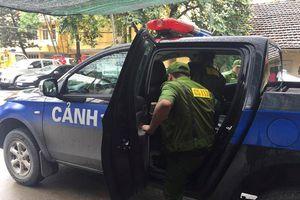 Hà Nội: Ngăn chặn 100 thanh niên đeo khăn quàng chở ôtô dao, kiếm đi trả thù