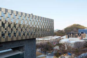 Tại sao đại học hàng đầu Hàn Quốc khó thu hút sinh viên nước ngoài?
