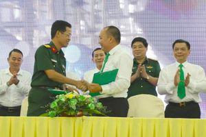 Mai Linh Tây Đô ký hợp đồng đóng tàu du lịch hiện đại