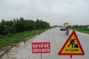 Khoái Châu (Hưng Yên): Sự cố lún, nứt đê tả sông Hồng - cần khẩn trương có giải pháp khắc phục căn cơ