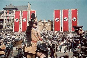 Loạt ảnh lịch sử khó quên về phát xít Đức