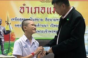 Đội bóng 'Lợn hoang' hạnh phúc khi được cấp quốc tịch Thái Lan
