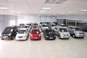 Tháng 7, xe con nhập tăng hàng nghìn chiếc, giá xe xu hướng giảm