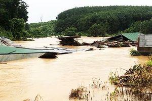 Kon Tum khẩn trương ứng phó với lũ lụt