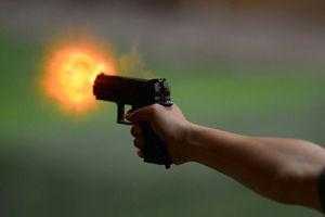 Côn đồ hỗn chiến, một người dân trúng đạn tử vong
