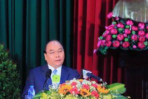 Thủ tướng Nguyễn Xuân Phúc thăm và làm việc tại trường Đại học Cần Thơ