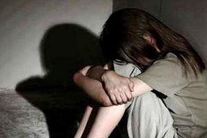 Công an xác minh vụ bé gái 14 tuổi bị dụ vào nhà nghỉ 'làm chuyện người lớn'