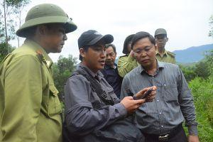 Phó Chủ tịch tỉnh Quảng Nam đi thực địa tìm giải pháp cứu đàn voọc chà vá chân xám