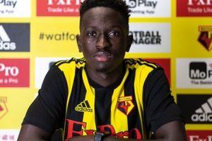 CHÍNH THỨC: Vượt mặt Barca, Watford chiêu mộ thành công nhà vô địch U19 châu Âu
