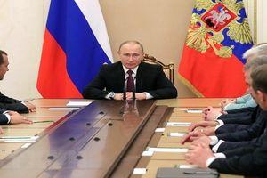 Tổng thống Putin họp khẩn với Hội đồng an ninh Nga về lệnh trừng phạt mới của Mỹ