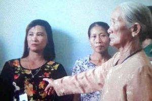 Quảng Bình: Đi nhờ xe, cụ bà bị 'nữ quái' giật túi xách ngã lăn xuống đường
