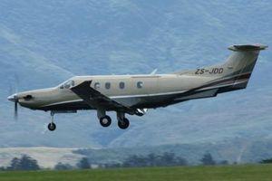 Tìm kiếm máy bay chở 9 người mất tích tại vùng núi Đông Indonesia