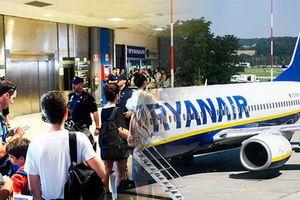 Hãng hàng không Ireland Ryanair hủy 400 chuyến bay do đình công