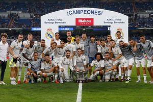 Modric ra sân trong ngày Real Madrid hạ người Milan