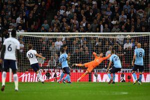 Fan Newcastle trả giá đắt vì dùng 'của quý' trêu tức sao Tottenham