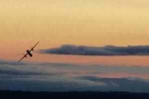 Mỹ: Xác định danh tính thợ máy đánh cắp máy bay để tự sát