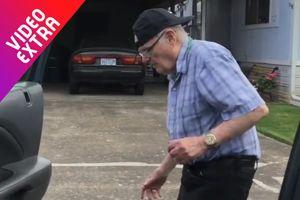 Cụ ông 93 tuổi nhảy theo trào lưu Kiki Challenge một cách đẹp mắt
