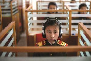 Giáo dục lòng trung thành tại trường học Triều Tiên