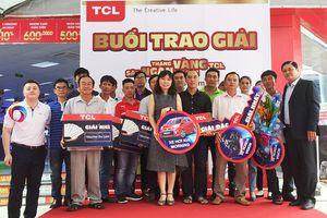 Trao thưởng gần 1 tỉ đồng 'Tháng vàng TCL'