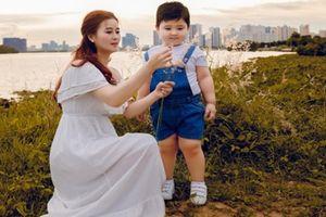Hotmom 8X chia sẻ về quá trình nuôi dạy 'THIÊN THẦN LAI' khiến dân mạng lịm tim