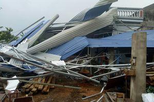 Thái Nguyên: Hơn 60 hộ dân bị hư hỏng nhà cửa do lốc