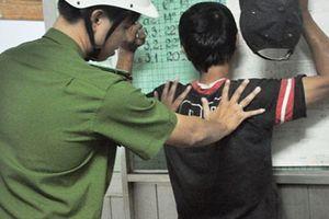 'Tóm' hai sinh viên gây ra nhiều vụ trộm ký túc xá