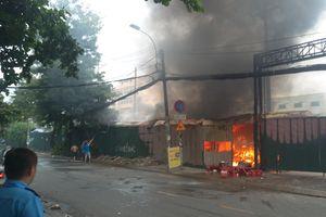 TP. Hồ Chí Minh: 2 ngày cuối tuần 'Bà hỏa' ghé thăm nhiều tòa nhà