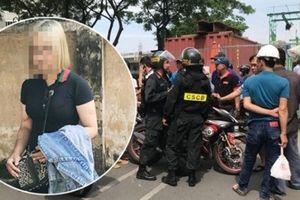 Chưa tròn 16 tuổi, 'hot girl tóc vàng' tông 2 CSCĐ bị xử lý thế nào?