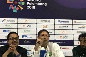 HLV Olympic Pakistan nói gì sau khi thua thảm Olympic Việt Nam?