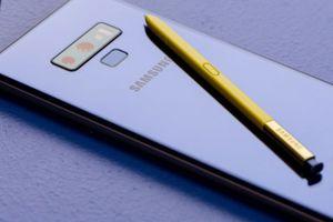 Top smartphone đình đám 'lên kệ' ngay tháng 8 này