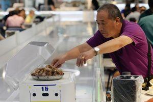 Robot thay thế nhân viên bồi bàn