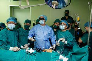 Phát hiện ung thư trực tràng sau dấu hiệu đau bụng, chướng hơi